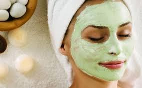 Как сделать кожу лица чистой и гладкой с помощью косметологических процедур: современный подход
